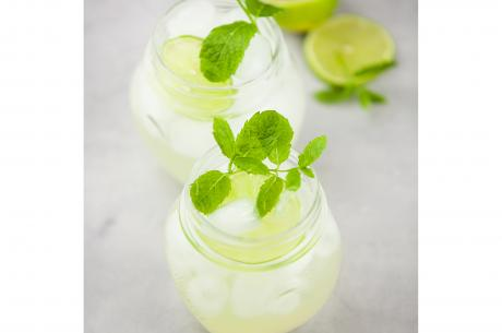 Mocktail with elderflower and lime